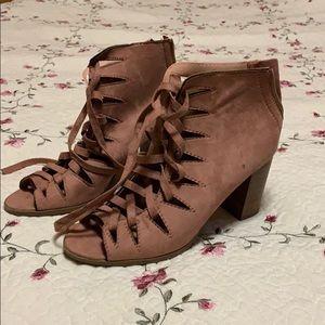 Size 8 Mauve chunky heels